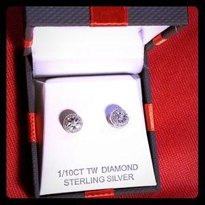 1/10cttw DIAMOND STUD EARRINGS
